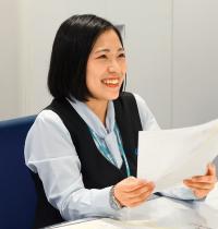 エアライン科卒業生 オフィス内ワーク