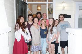 1-2ヶ月のオーストラリア留学と1習慣の台湾留学が必修